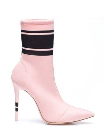 socks-soft-pink